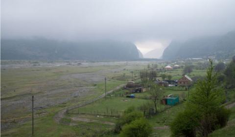 P 01, Ossétie du nord, mai 2009 ©Claire Chevrier